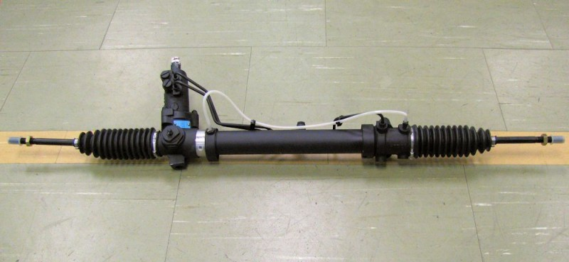 AM V8 Steering Rack
