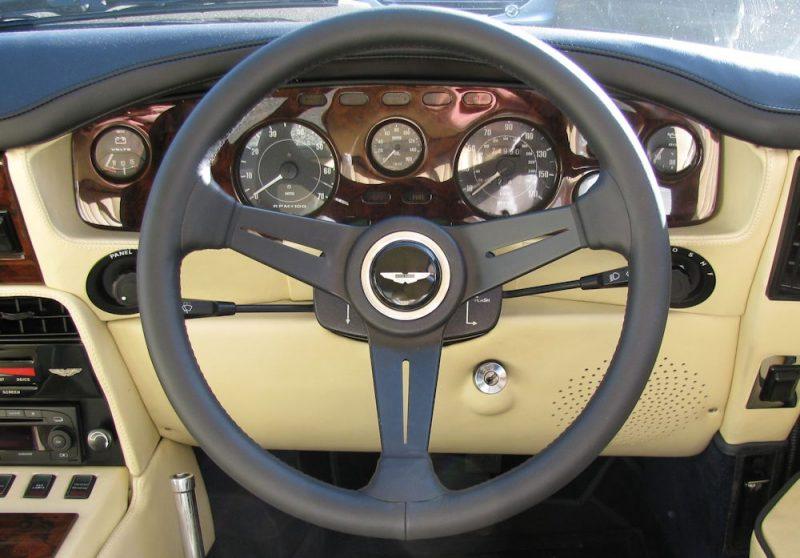 V8 Steering Wheel