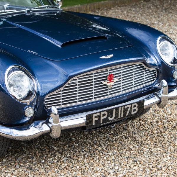 Aston Martin Db5: Aston Martin DB5 Convertible 1964